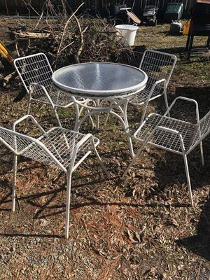 Outdoor chairs and table for Sale in Aldie, VA