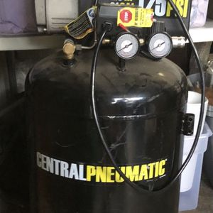 21 Gal Compresor De Aire for Sale in Campbell, CA