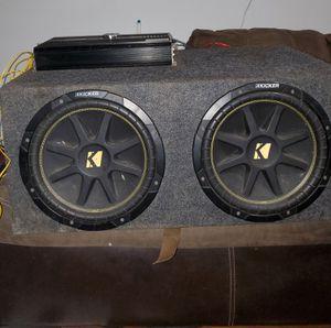 12 inch kicker sub's and 1000 w zrs amp for Sale in Savannah, GA