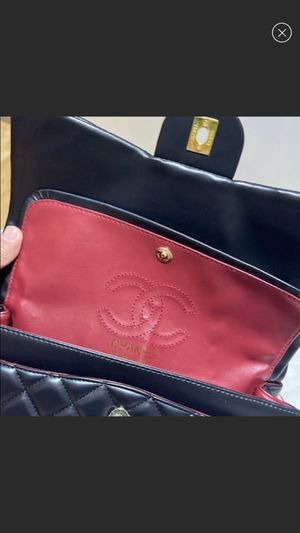 Chanel flap bag for Sale in Campbell, CA