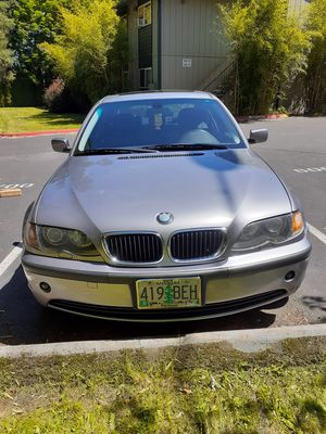 2004 BMW 325xi AWD clean title for Sale in Portland, OR
