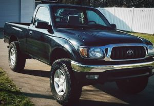 I'm selling my '01 Toyota Tacoma! for Sale in Lewis Center, OH