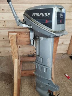 15 Hp Evenrude 2 Stroke for Sale in Oregon City,  OR
