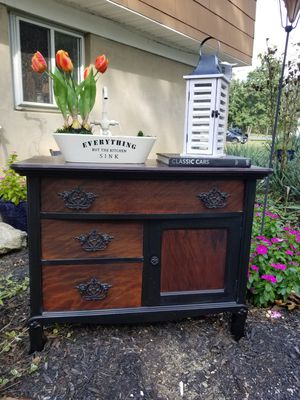 Vintage Home Decor Farmhouse Dresser Chest for Sale in Jackson Township, NJ