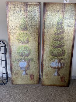 2 Metal Topiary Pictures for Sale in Orange,  CA