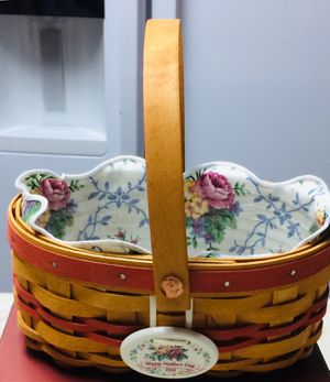 Longaberger Basket with Fabric Liner and Protector for Sale in Murrysville, PA
