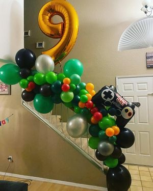Minecraft Party Balloon Garland for Sale in Moreno Valley, CA
