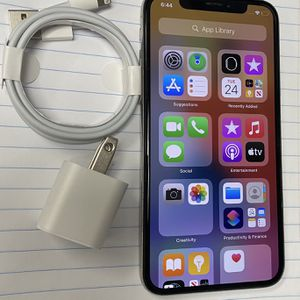 Factory unlocked apple iphone X 64 gb, store warranty! for Sale in Boston, MA