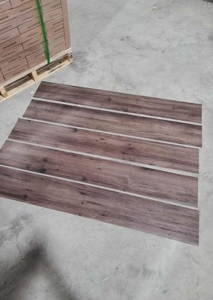 Luxury vinyl flooring!!! Only .65 cents a sq ft!! Liquidation close out! XSJEI for Sale in Manor, TX