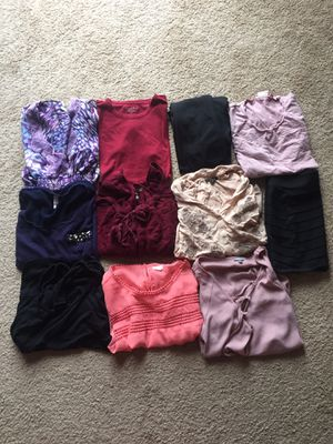 Women's juniors clothing bundle size small for Sale in Plainfield, IL