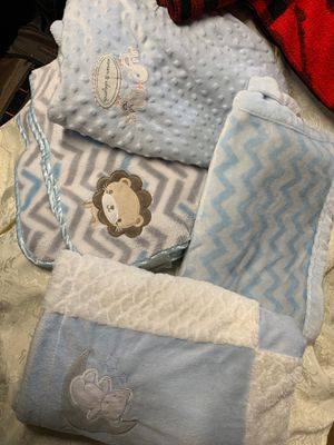 6 Baby blankets excellent condition Free porch pickup today for Sale in Chicago, IL