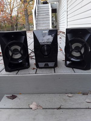Sony Home Audio Speaker MHC-EC619iP for Sale in Fenton, MO