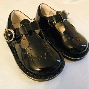 Stride Rite toddler size 6 black dress shoes for Sale in Belzoni, MS