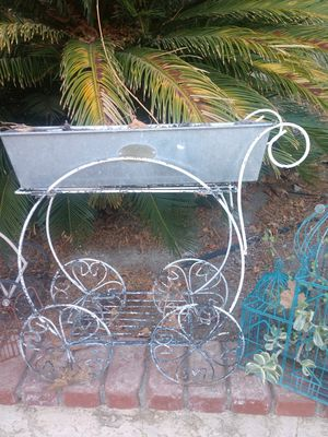 Cute lil plant cart for Sale in Alta Loma, CA