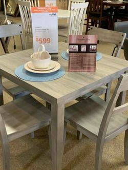 Henderson Gray 5-Piece Dining Room Set 📍 Table and Chairs for Sale in Round Rock,  TX