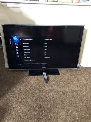 Tv Samsung 48 inch's whit remote model No: LN46D550K1F for Sale in Tampa, FL