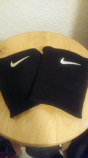 Nike knee pads for sale for Sale in Miami, FL