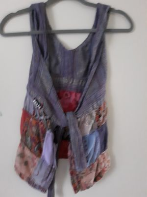 Hippy..open back and open cross front for Sale in Cleveland, OH