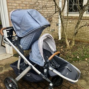 2018 Uppababy Vista stroller w/ two rumble seats, rain cover, and bassinet. Good condition and bassinet NEVER used! for Sale in Westlake, MD