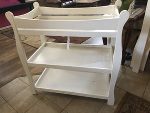 Infant changing table for Sale in Stockton, CA