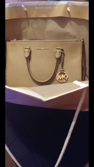 Mk purse for Sale in Lake Wales, FL