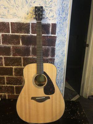 Yamaha fg800 guitar (mint) for Sale in Yakima, WA
