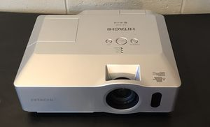 Hitachi 3LCD Projector 2200 Lumens, Watch movies, play games for Sale in Kennewick, WA