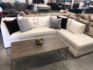 White 2PC Sectional 💥 for Sale in Miami, FL