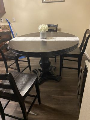 Dinning Table for Sale in Orange, CA