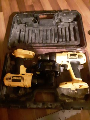 Dewalt 18v cordless drill for Sale in Milan, IL