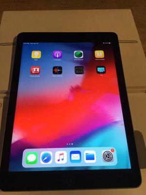 iPad 6..cell for Sale in Miami, FL
