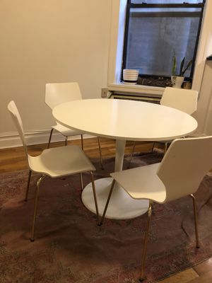 Table and chair set for Sale in Brooklyn, NY