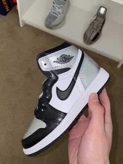 Air Jordan 1 High Silver Toe Size 11C Ps PRESCHOOL SIZE for Sale in Tulare,  CA