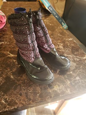 Girls boots size 1 for Sale in White Bear Lake, MN