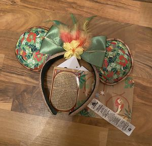 Minnie Mouse: The Main Attraction Ear Headband for Adults – Enchanted Tiki Room – Limited Release Minnie Mouse The Main Attraction Ear Headband for for Sale in Chula Vista, CA