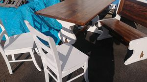 Nice table and chair set for Sale in Prineville, OR