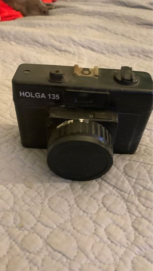 Holga 135 Used 35mm Black Film Camera (discontinued) for Sale in Los Angeles, CA