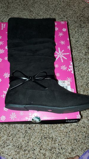 Girls boots brands new size 4 for Sale in CORP CHRISTI, TX