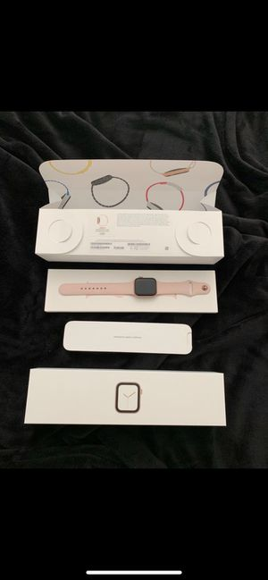 Apple Watch series 4 newest model gps + cellular 40mm gold aluminum case & pink sand sports band for Sale in San Diego, CA