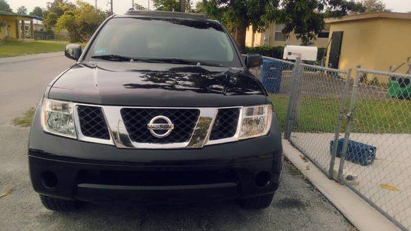 Nissan pathfinder 07
