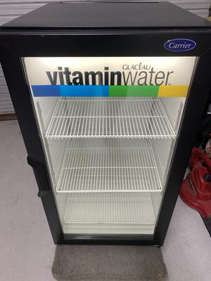 Carrier CT96 Commercial Beverage Air Refrigerator USED for Sale in San Diego, CA