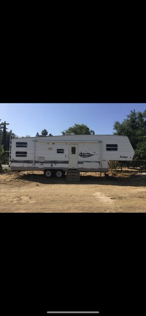 28' forest river (5th wheel for Sale in Riverside, CA