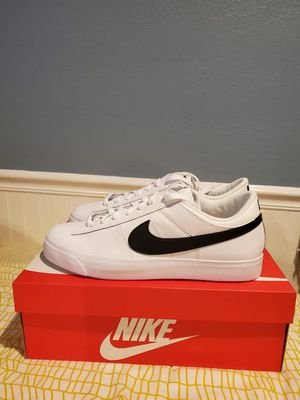 Nike Leather Supreme Match Shoes size 11 for Sale in San Jose, CA