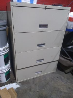 metal cabinet for Sale in Houston, TX