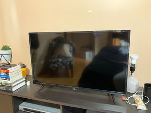 TCL 32 Inch Smart Roku Tv for Sale in Stickney, IL