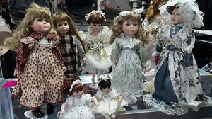 Antique Dolls for Sale in Georgetown, TX