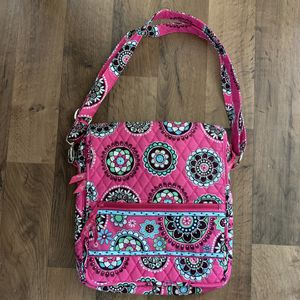 Vera Bradley crossbody messenger bag cupcakes pink shoulder purse for Sale in Ann Arbor, MI