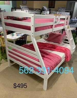 Twin/full white bunkbed w. Orthopedic mattresses included for Sale in Denair, CA