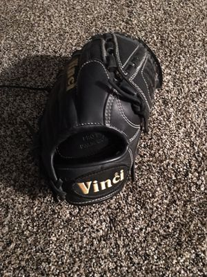 Vinci Pro Grade Pitcher/Infield Mit for Sale in Cleveland, OH