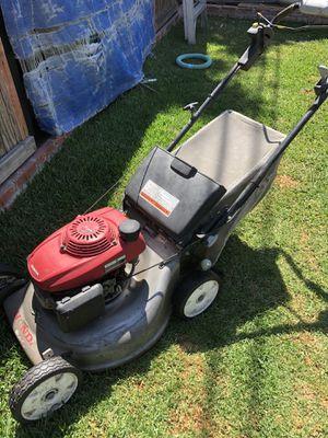 Honda lawn mower for Sale in Costa Mesa, CA